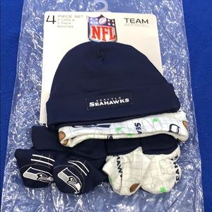 Seattle Seahawks newborn/infant 4 piece set